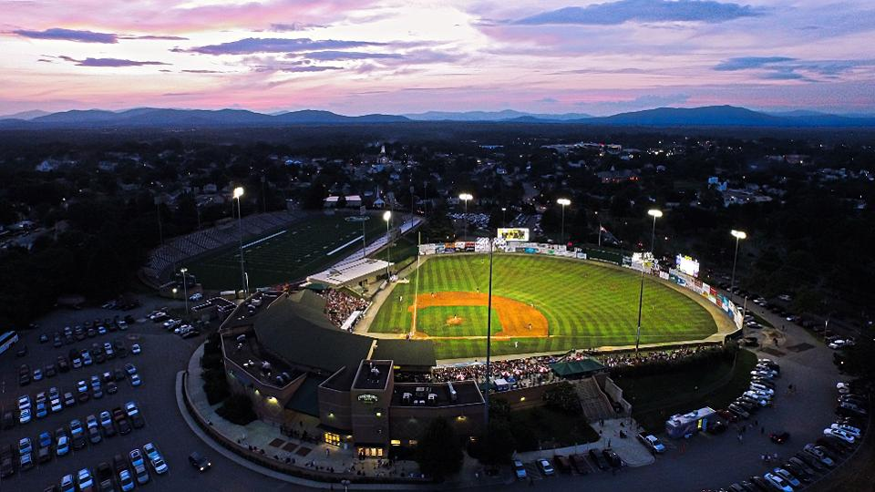 Hillcats Sign New 10 Year Lease Agreement Lynchburg