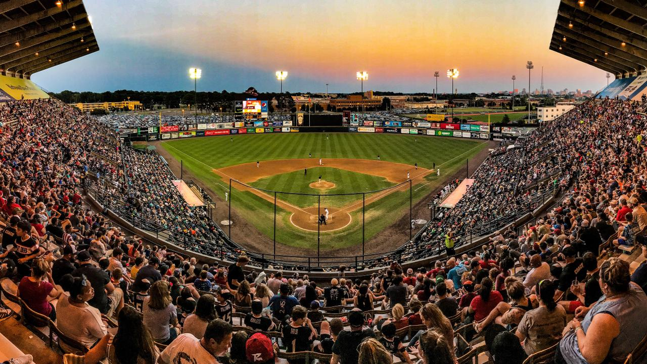 Richmond Flying Squirrels Schedule 2020 Flying Squirrels to welcome four millionth fan next week