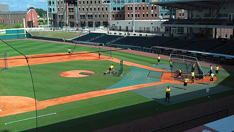 Bowling Green Ballpark in Kentucky seats up to 4,559 Hot Rods fans.