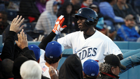 Trayvon Robinson homered twice in Thursday's win