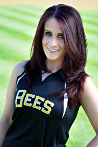 2013 Honeybee - Anna