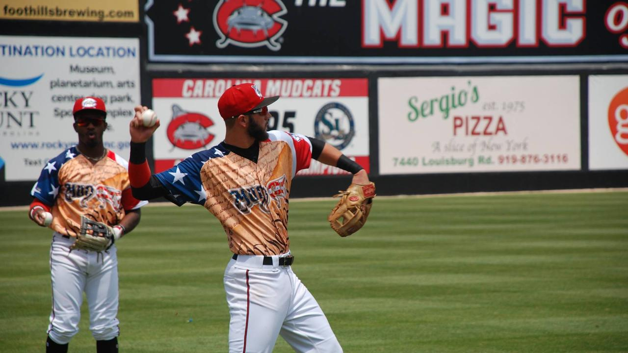 Mudcats Open Home Stand With 6 2 Victory Carolina Mudcats News