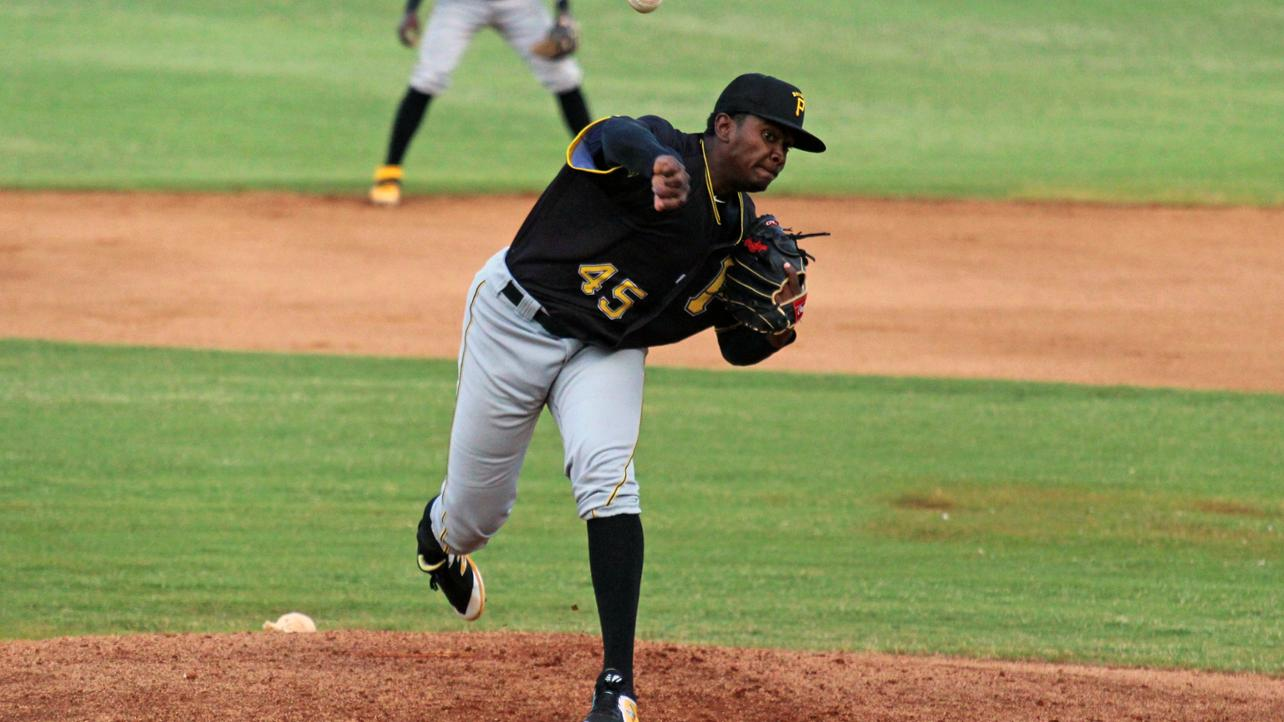 Pirates take sole possession of second place with 7-2 victory