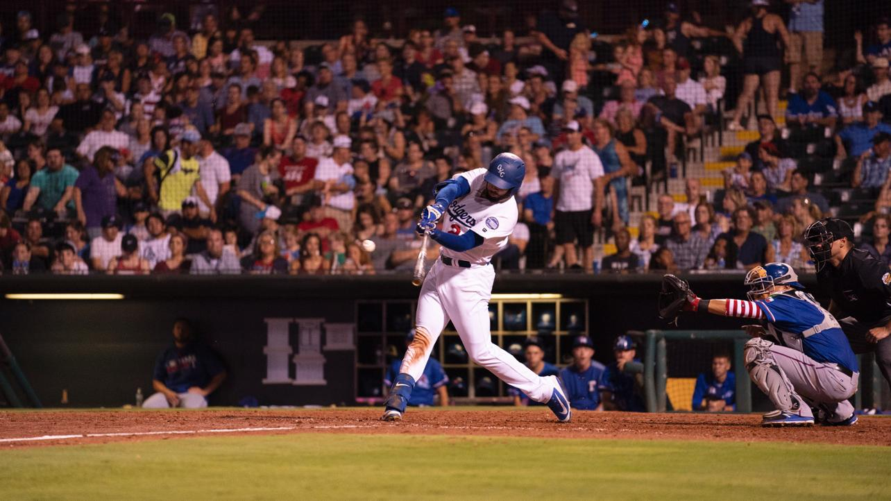 Late Runs Send Cubs to Win in Series Opener