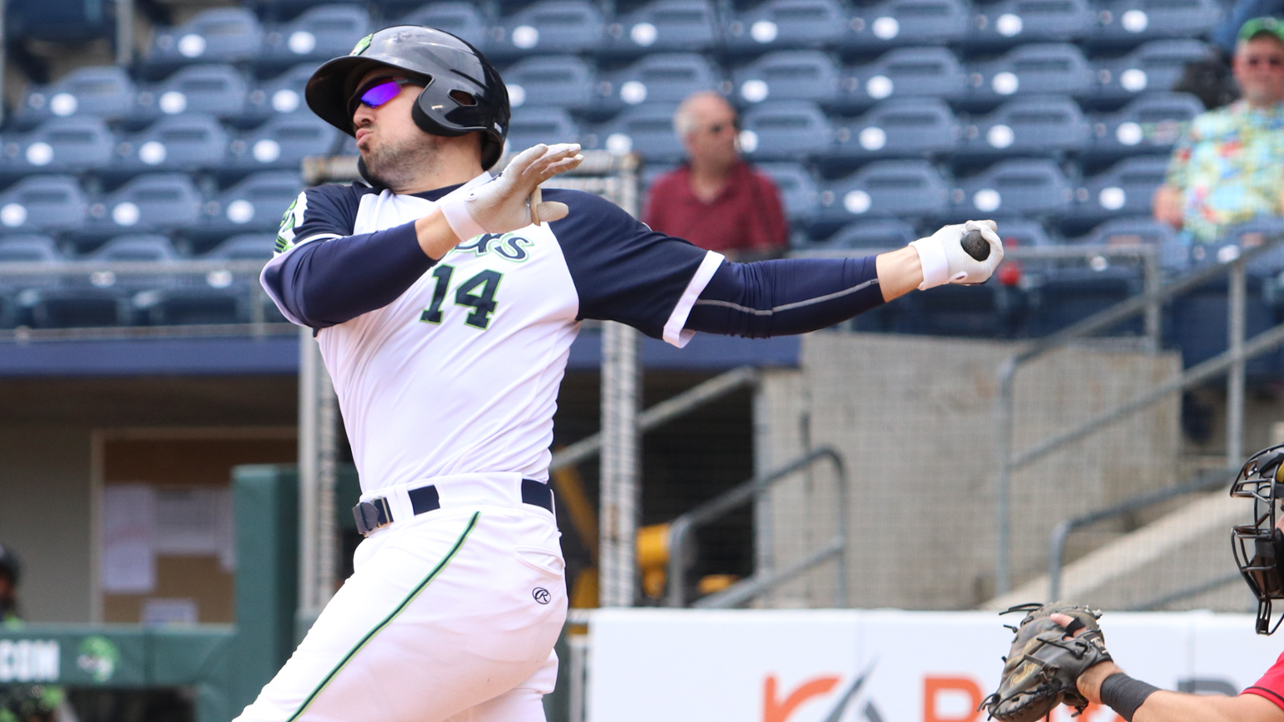 Jackson's Homer Leads Stripers Over Knights 9-1