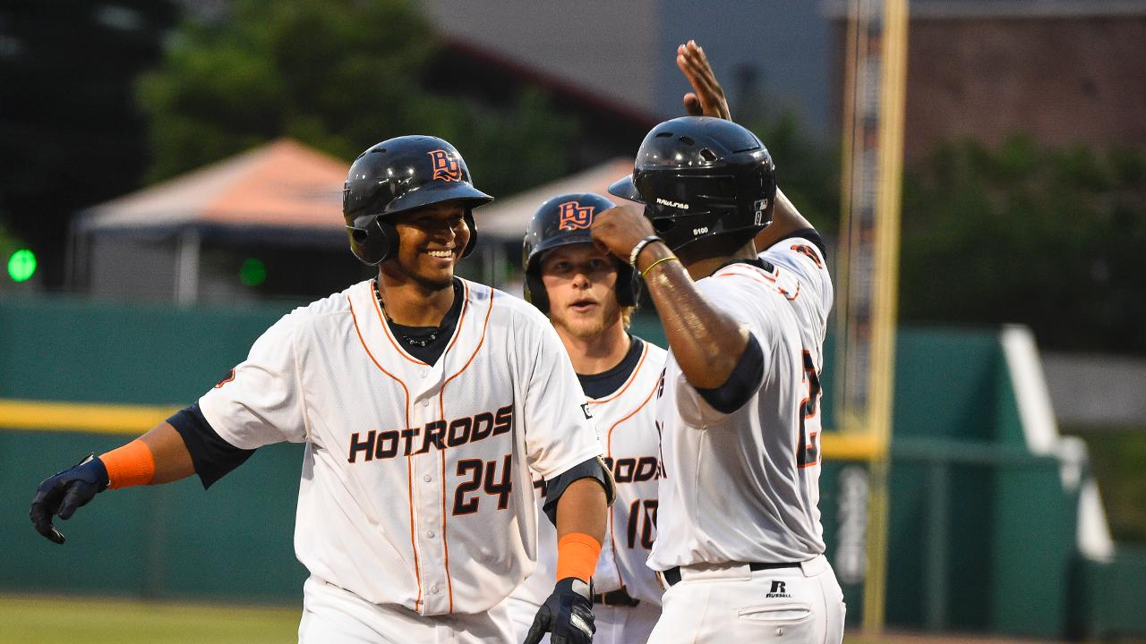 Pour it on! Hot Rods Win 15-1   Bowling Green Hot Rods News