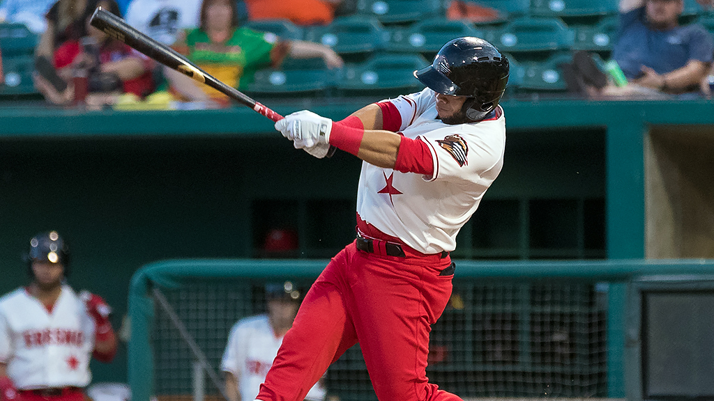 Hernandez powering Grizzlies against Rainiers