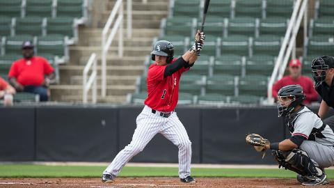 Eddy Alvarez, who played for Kannapolis in parts of the 2014 and 2015 seasons, signed with the White Sox following winning an Olympic silver medal at the 2014 Winter Games in Sochi.