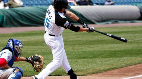 Micah Owings extended his hitting streak to four games on Friday.