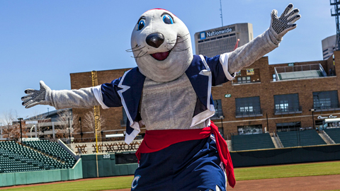 The voters agree: if you don't love Columbus' LouSeal, you otter be ashamed of yourself.