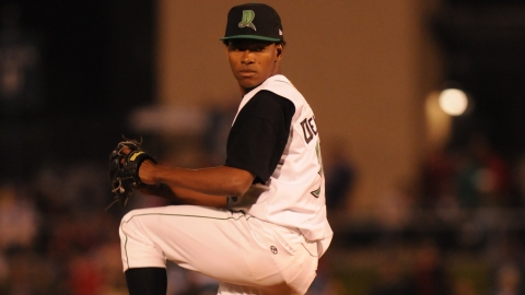 Enerio Del Rosario with the 2008 Dragons.