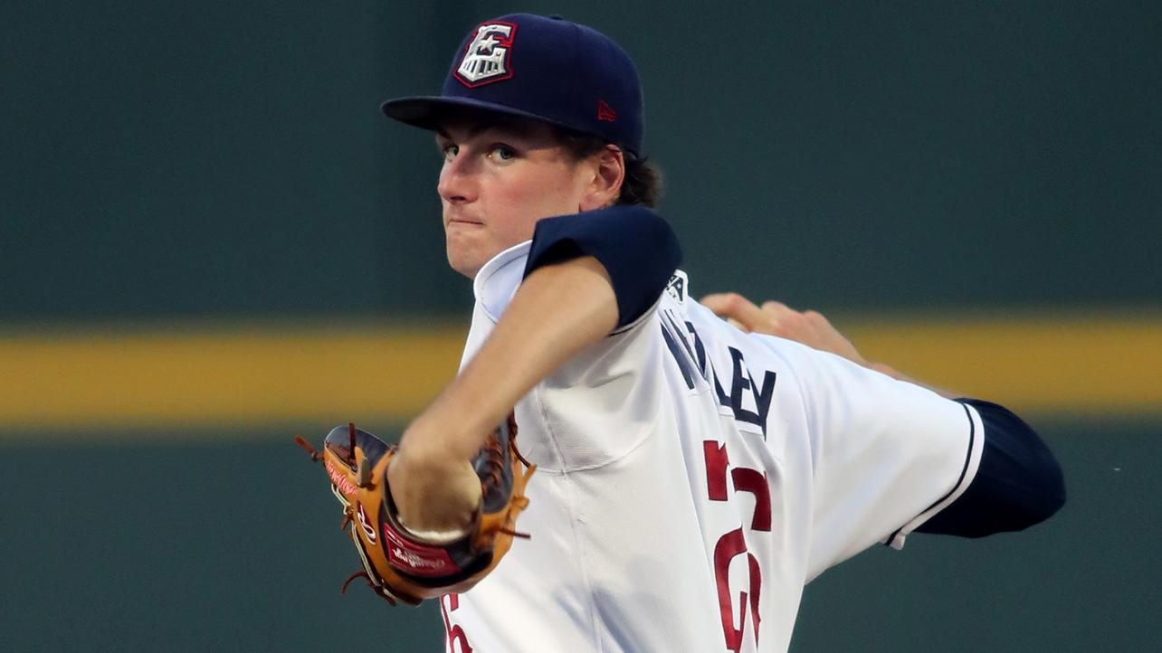 Whitley, Adell square off in Arizona Fall League