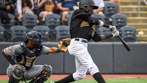 Black Bears Battle, fall short against the Scrappers
