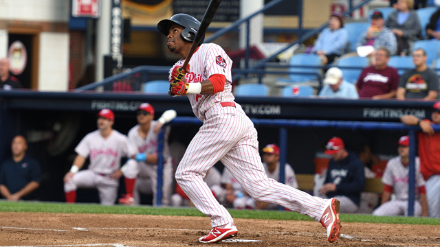 530cab8ccb4 Fightin Phils hit three homers in 6-3 win