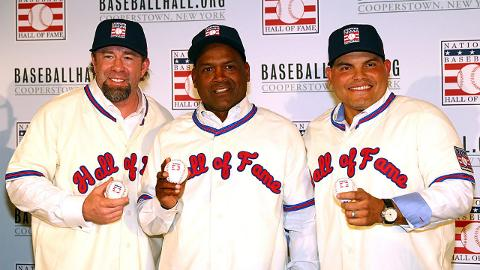 Jeff Bagwell, Tim Raines and Ivan Rodriguez showed off new uniforms Thursday.