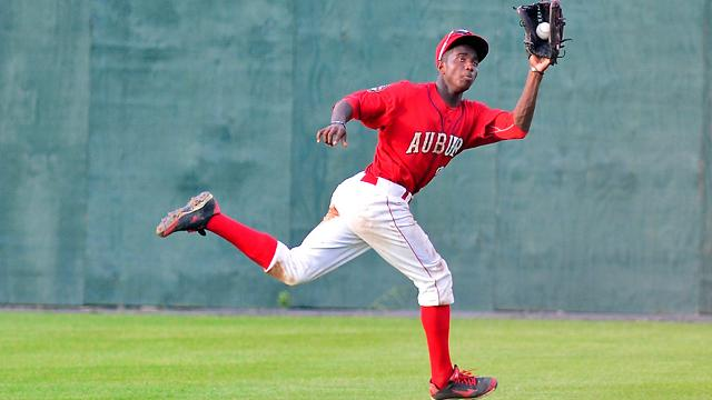 victor robles: