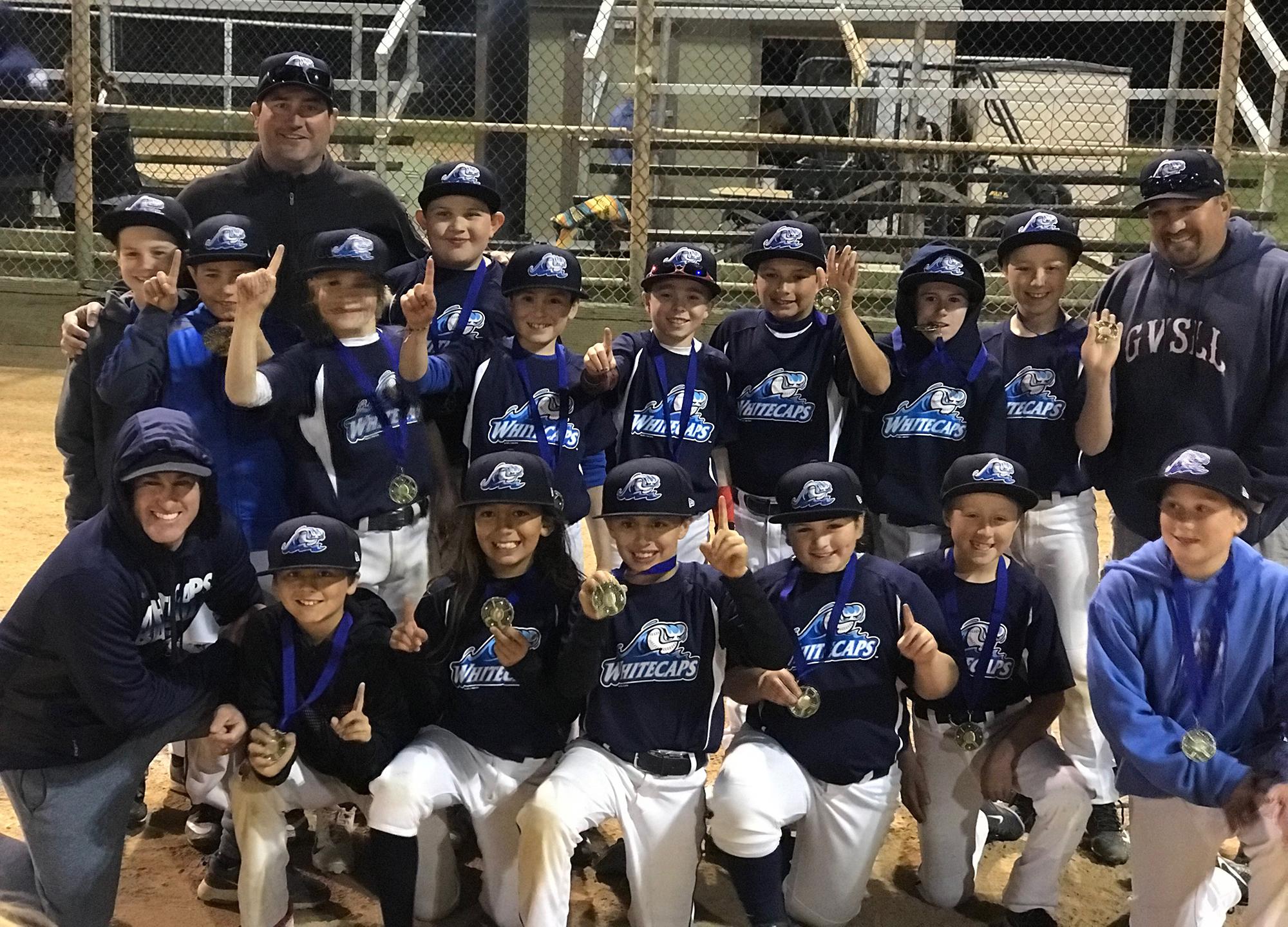 e379b4f375c 2018 Santa Barbara (CA) Whitecaps U10 Team wearing Top Spin jerseys