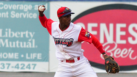 Malquin Canelo's walk-off home run in the 10th gave the Cutters a victory Sunday