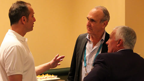 Ron Shelton with Torey Lovullo and Terry Collins at the Winter Meetings.