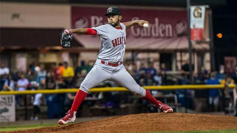 Leo Crawford pitches against the Clinton LumberKings in Game 2 of the Midwest League Championship Series on Thursday, Sept. 15, 2016. (Amanda Ray / Great Lakes Loons)