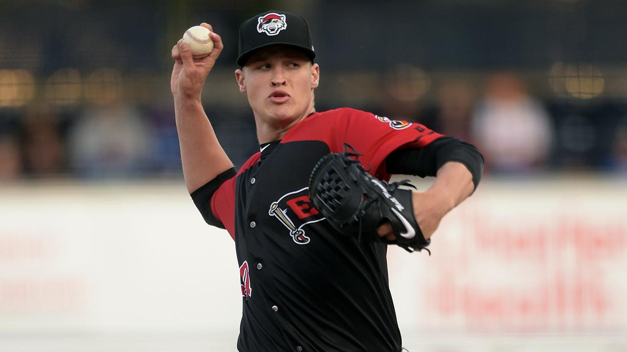 Manning continues SeaWolves' stellar pitching