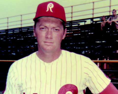 After he retired in 1971, Bunning managed the Reading Phillies to a 70-69 record in 1972.