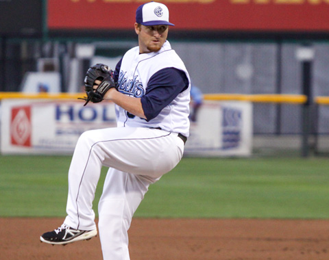 Hooks starter Jake Buchanan shined thru five scoreless innings, walking one while fanning four. He threw 46 of 69 pitches for strikes and induced eight ground-ball outs, lowering his ERA to 1.57