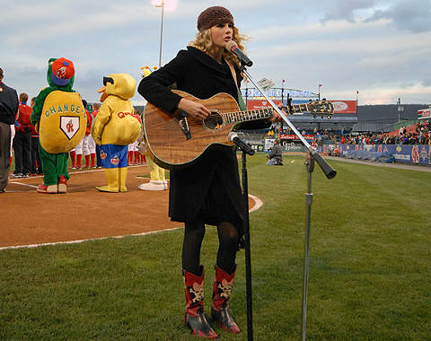 Taylor Swift, who grew up singing the National Anthem in Baseballtown, won the Pinnacle Award on Wednesday night.