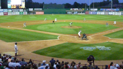 Orlando Arcia bats with runners at first and second with no outs in the bottom of the fifth on Saturday night at Time Warner Cable Field at Fox Cities Stadium.