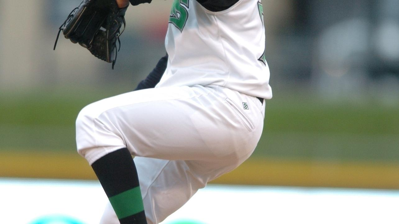 Johnny Cueto among 20 Greatest Dragons