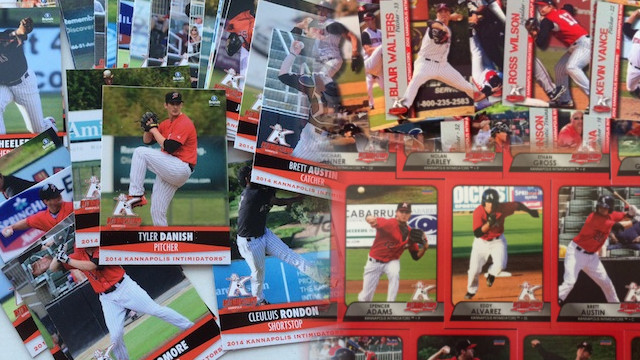 Baseball Card Bonanza Gives Kids Chance To Draw Autographed